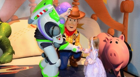 Meet Buzz and Woody at Disney World