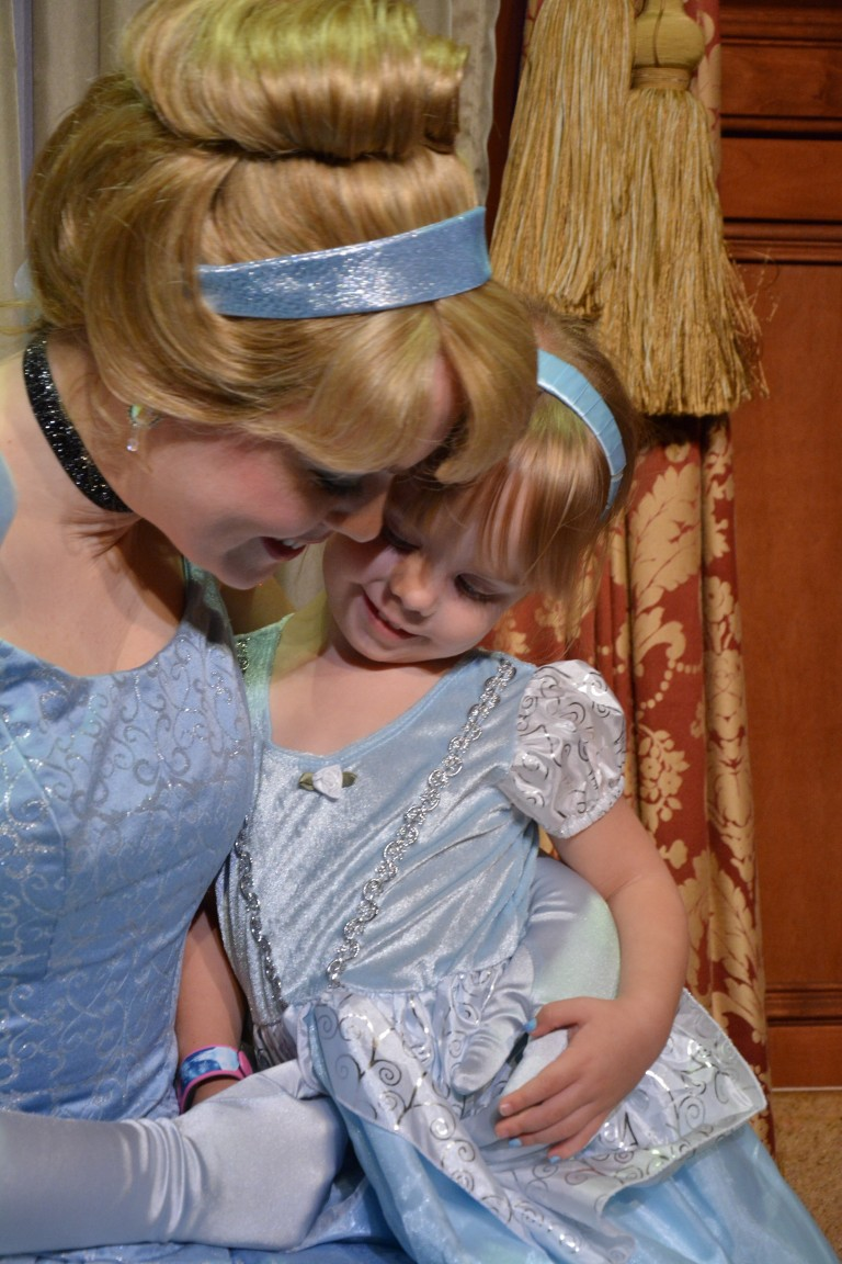 Featured: Mom Approved Costumes Deluxe Cinderella Dress