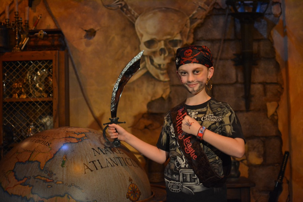 Pirates League - Disney World