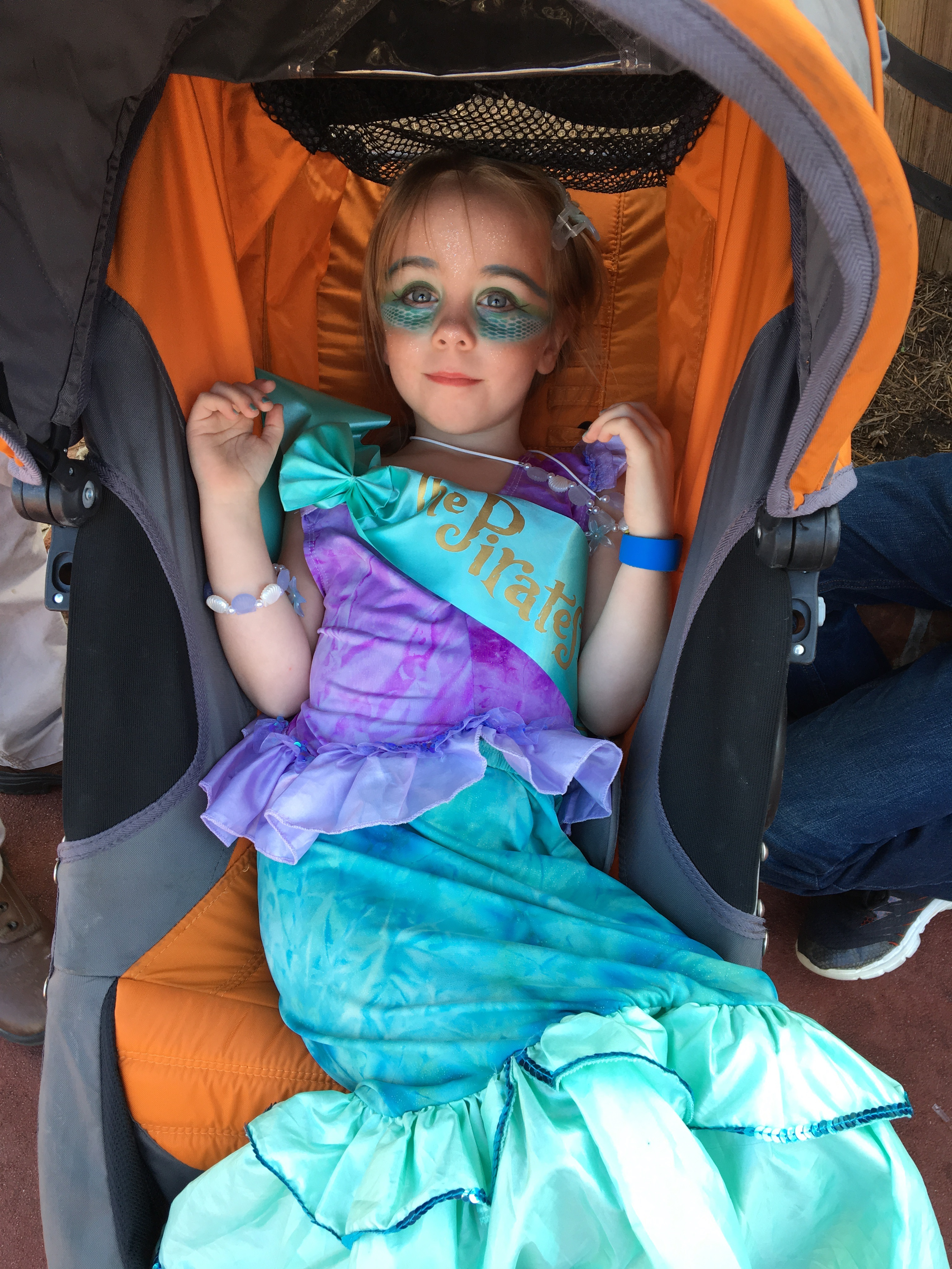 The pirates league mermaid makeover at walt disney world mom our pirates league mermaid makeover appointment was at 10 am so i selected a fastpass to meet ariel in her grotto at 1100 am so we could meet her without m4hsunfo